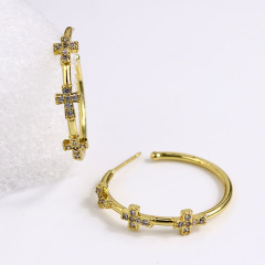 EC1638 Popular Chic Dainty 18k Gold Plated Zircon CZ Micro Hoops with Cross Charm Huggie Earring