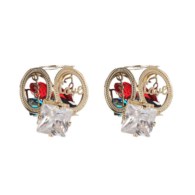 Women Artificial Diamond Cube Casual Stud Earring with Koeran Style