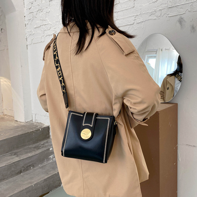 Small bag new fashion broadband bucket bag women's bag Single Shoulder Messenger Bag women's versatile ins