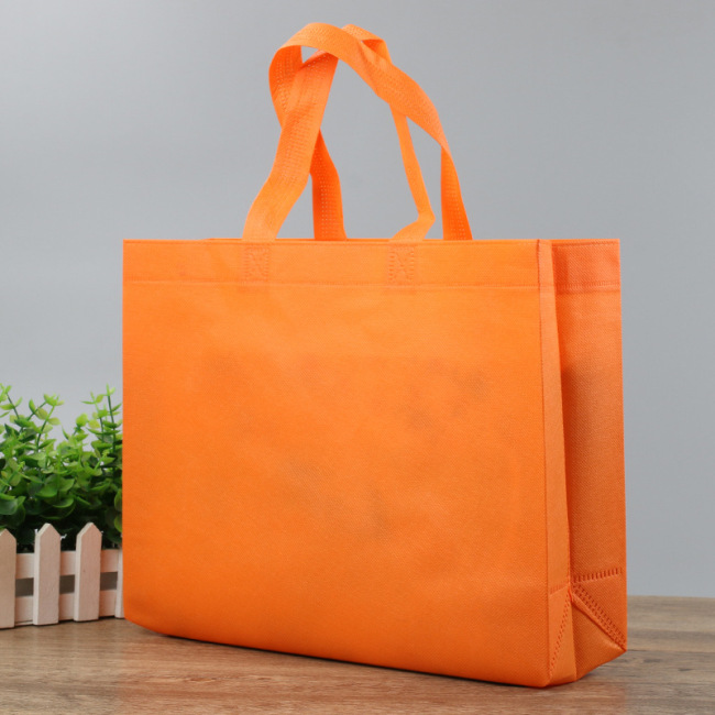 Spot non-woven bag customized logo clothing handbag customized training print advertising green bag shopping bag manufacturers