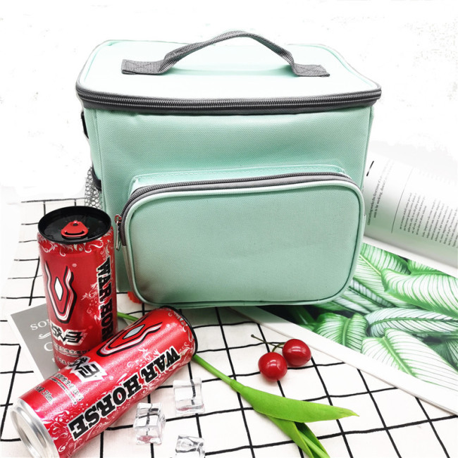 Factory direct selling portable thermal insulation Bento bag outdoor barbecue picnic bag take out delivery ice bag thermal insulation bag