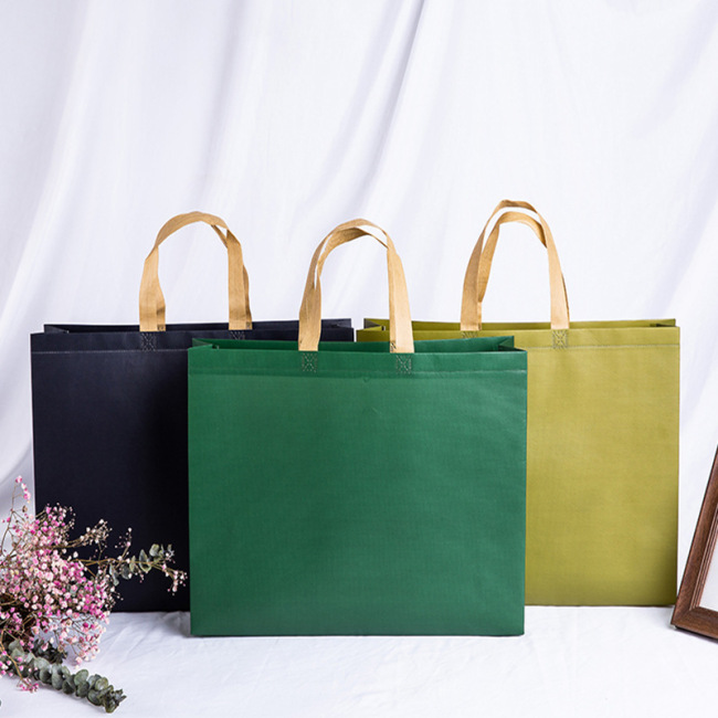 Manufacturers wholesale non-woven bag color coated spot shopping bag customized non-woven bag plus printed logo