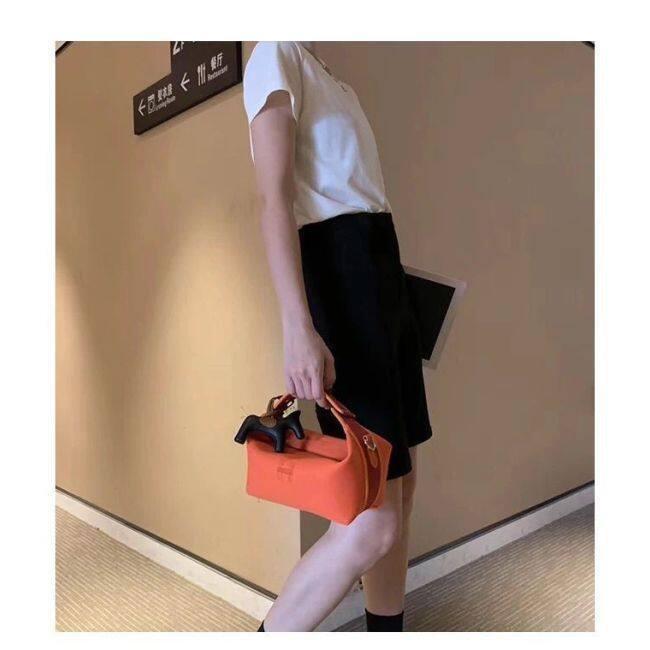 Korean version large capacity portable cosmetic bag sailcloth skin care products storage bag portable fashion Large Cosmetic Bag