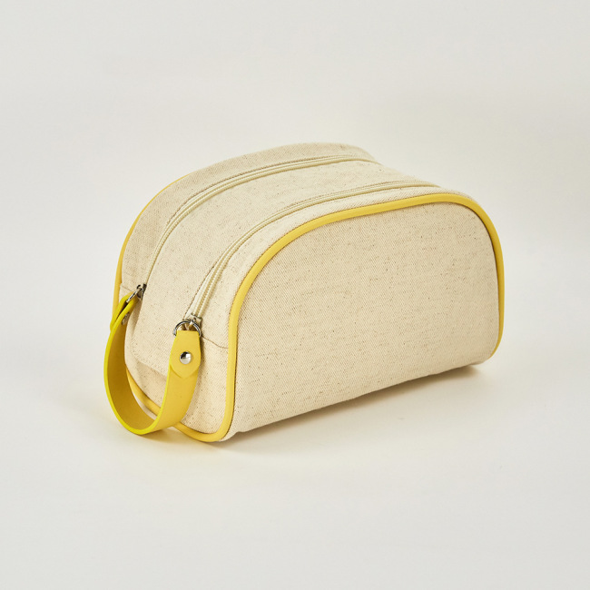 DuPont paper cosmetic bag made of environmental friendly material can be customized logo