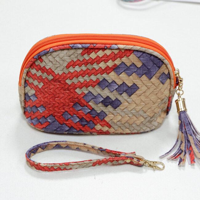 New Pu shell essential oil bag 15ml essential oil storage bag portable tassel zipper bag 16 pack