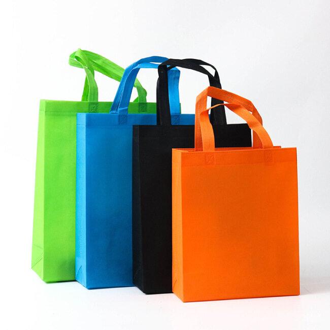Non woven plastic bag customized shopping bag customized advertising gift bag customized three-dimensional non-woven bag in stock