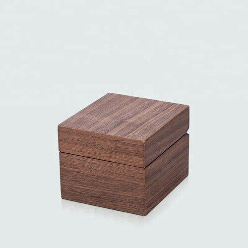 Nice design elegant wooden watch box wrist packing box with pillow insert