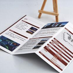 OEM custom folding flyeres and pamphlets business flyer printing service