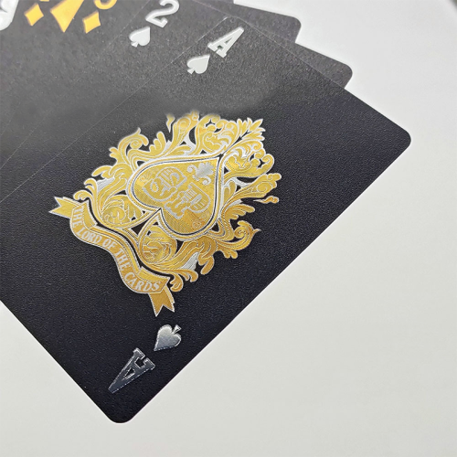 New product black color gold foil king design advertising playing cards other boards game poker set