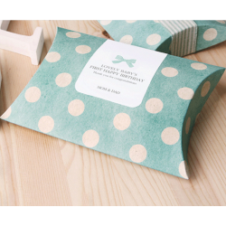 custom wedding favor foldable pillow candy box with ribbon
