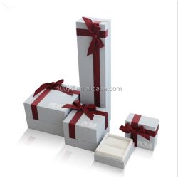 High quality red bow tie hanging jewelry box /ring box/necklace box
