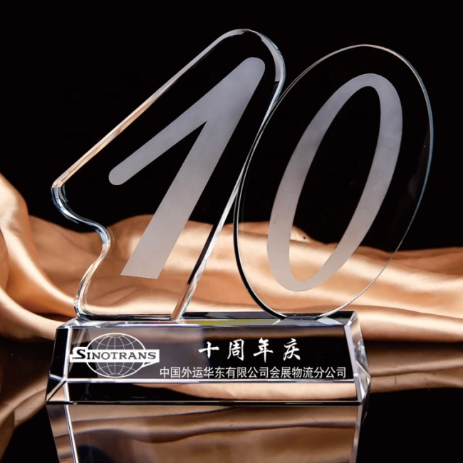 Wholesale high quality glass trophy custom10th anniversary crystal trophy souvenir