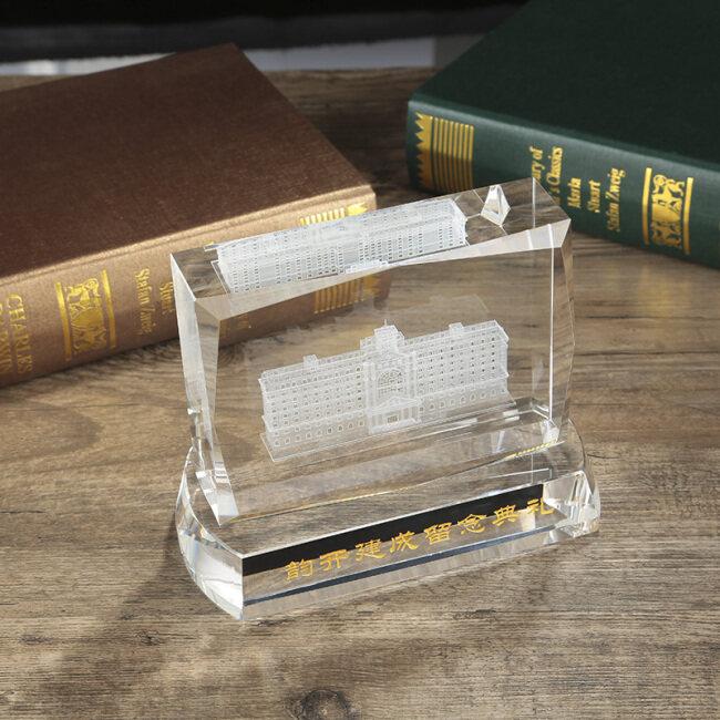 Custom 3d laser engraving K9 crystal cube building model for anniversary