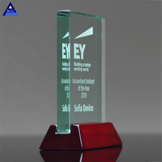Hot Sale Souvenir/Business Gift Clear Crystal Engraving 3D Laser Crystal Engraving