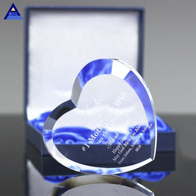 Wholesale Elegant Beveled Heart Crystal Trophy  For Sublimation