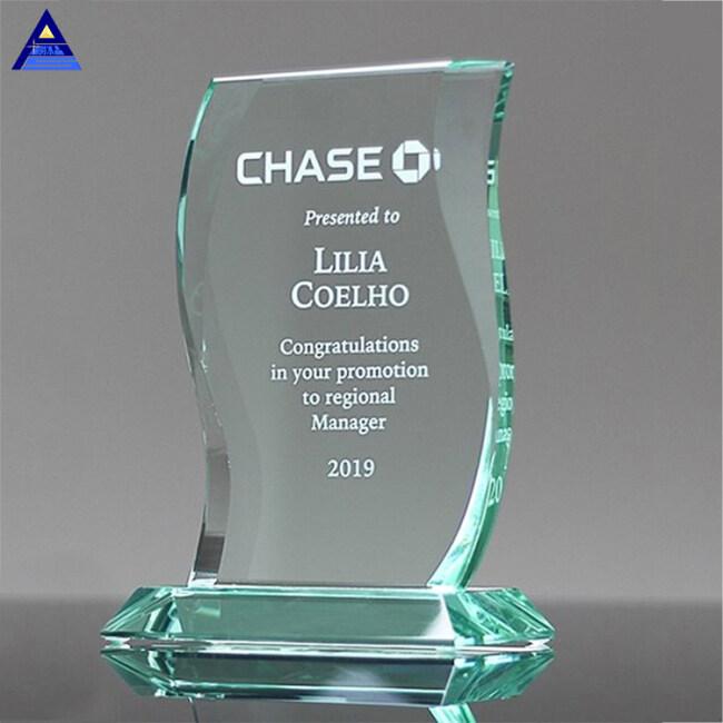 2019 Hot Selling  New Design Aspire Jade Glass Awards For Business Gift