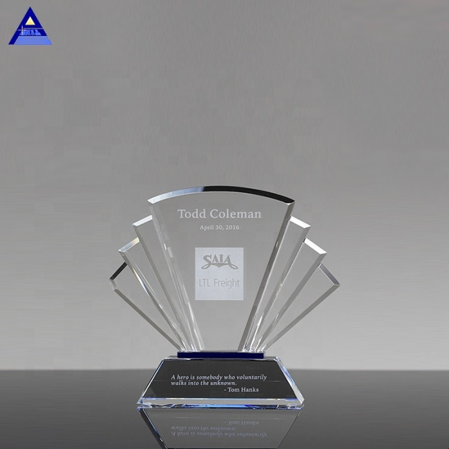 Manufacturer Sale Clear Crystal Trophy Engraved Carved Award With Base