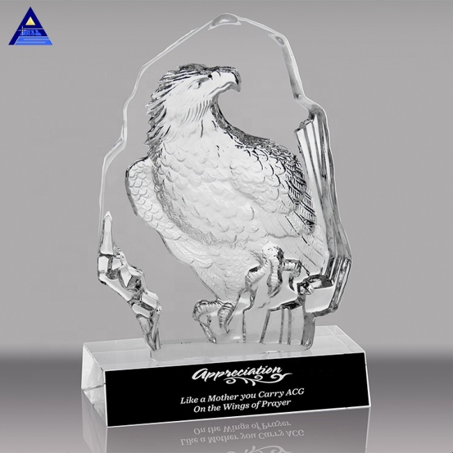Eagles Trophy Awards Shape And Flying Clear Glass Noble Crystal Eagle Model For Award Gifts