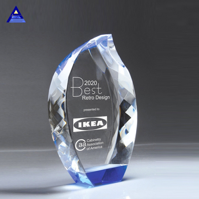 High Quality Blue Bottom Crystal Diamond Edge Cut Flame Trophy Awards