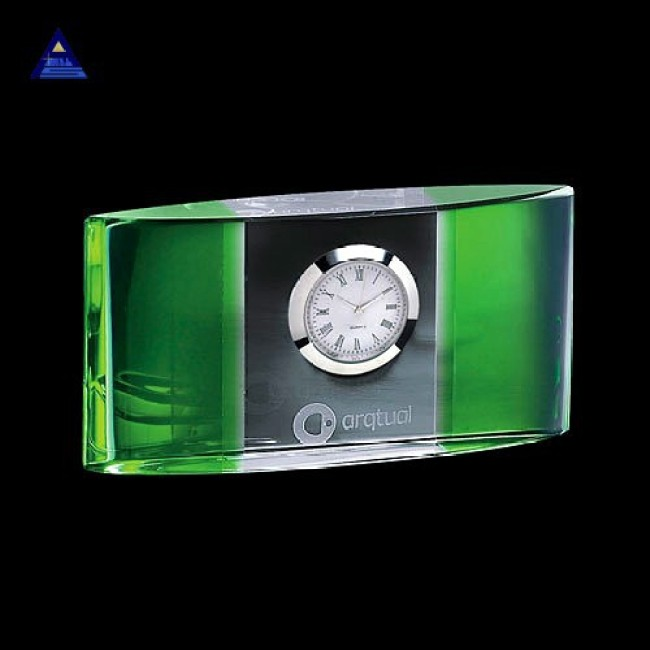 Hot Newest Custom Engraved K9 Crystal Small Desk Atlanta Clock For Souvenir Gift
