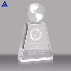 Unique Design Crystal Hand Hold Globe Trophy Award for Fair Souvenir