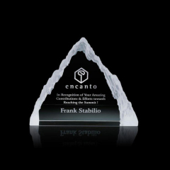 China Wholesale High Quality Engraved Crystal Triangle Mountain Trophy Award For Customized Business Gifts