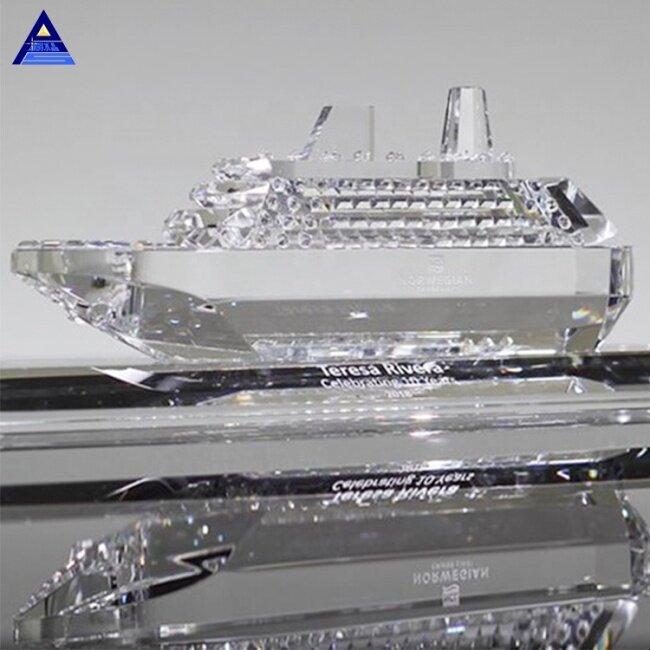 K9 Crystal Decorative 3D Engraved Crystal Cruise Ship Award Trophy