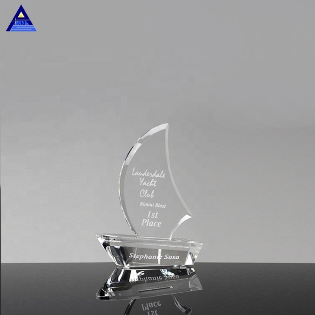 Customized Unique Shape Crystal Sailboat Award Trophy