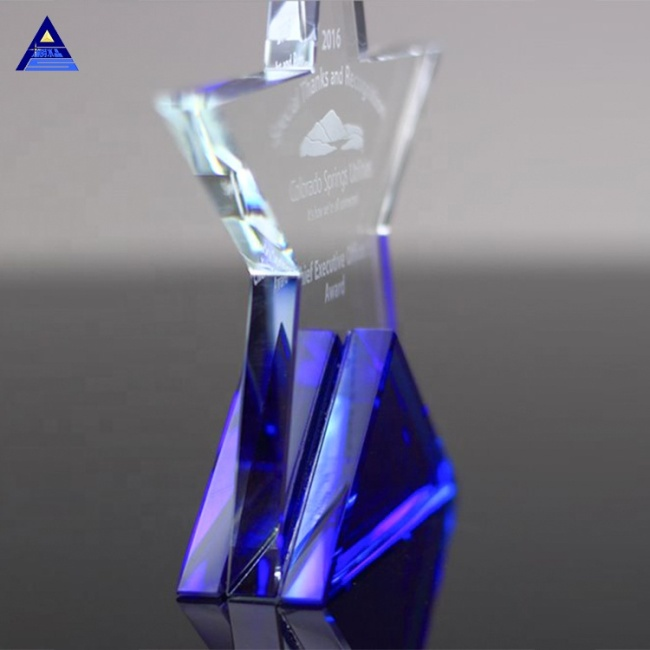 Nice Design 3D Laser Engraved Crystal Star Award For Employ Gifts