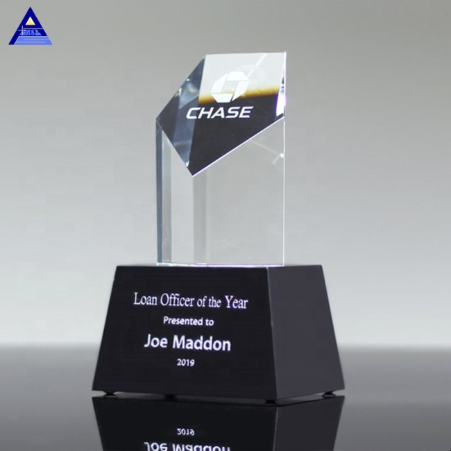 Unique Design Pentagon Crystal Trophy Tower Award
