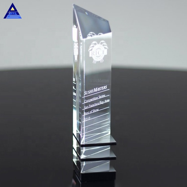 New Attractive Design And Innovative Crystal Award Trophy For Corporation Top Salesman