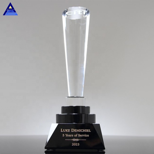 Wholesale China Corporate Gift Spotlight Crystal Tower Trophy