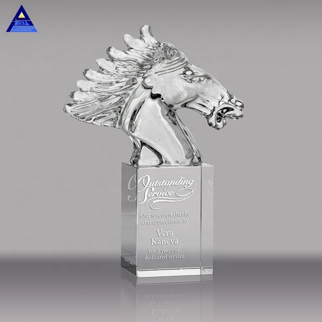 Liuli Awards And Trophies Crystal Horse Head Custom Made Glass Statue