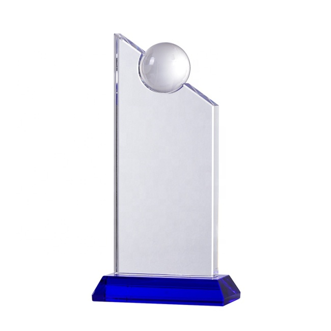 New Design Crystal Glass Crafted Trophy With Great Price