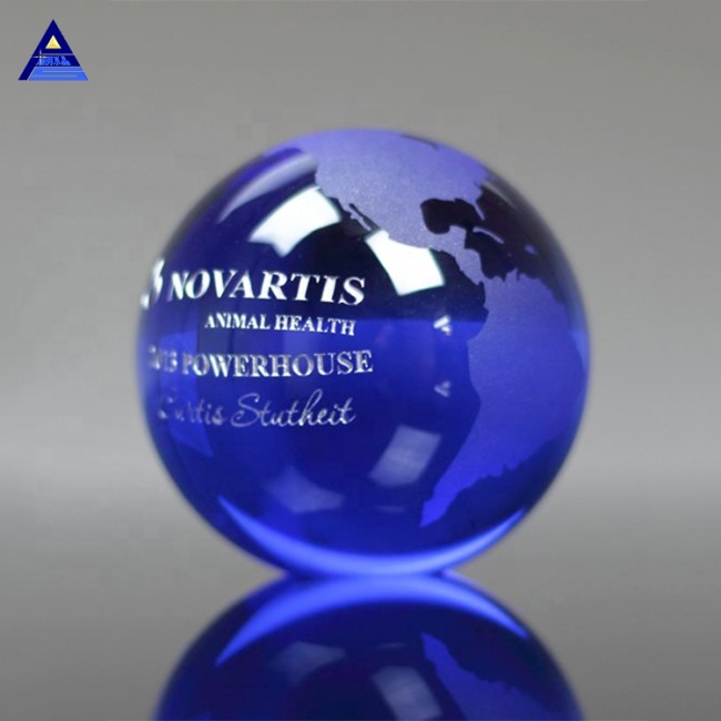 Promotional Top Quality Newest Blue Trophy Crystal Globe For Business Gifts