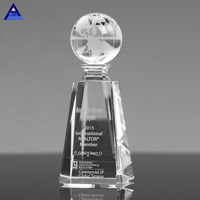 Wholesale Newest Exalted Custom Crystal Glass Vantage Globe Award Trophy