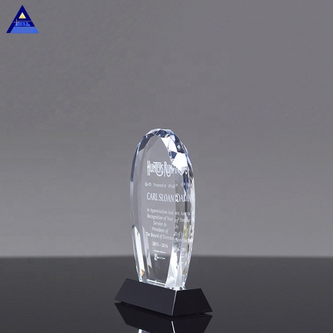 Good Quality Classical Crystal Faceted Oval On Black Base Award Trophy