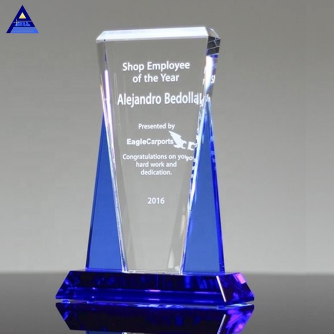 Wholesale Custom Top Vision Engraving Plaque Trophy Crystal With Blue Base