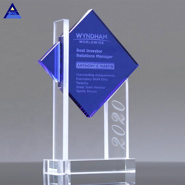 2019 New Design Custom Shining Blue Crystal Trophy From Yiwu