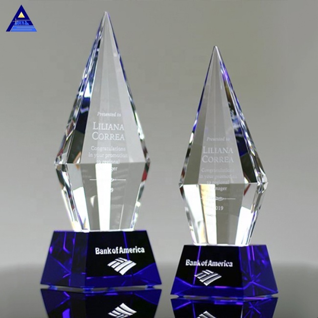 Beauty Best Design Clear Triangle Executive Diamond Crystal Award Trophy With Base