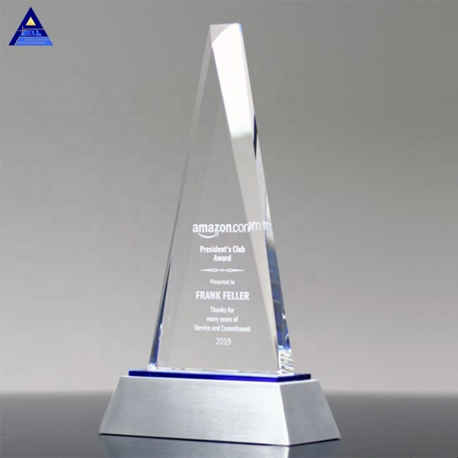 2019New Design Clear Crystal Vantage Peak Championship Trophy