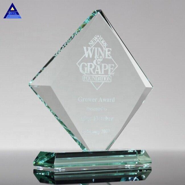 Pujiang Factory Custom Wholesale Beveled Gem Glass Award Trophy