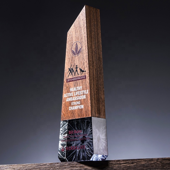 New Style Beech Wooden Trophy Award Shield Crystal Trophy Awards