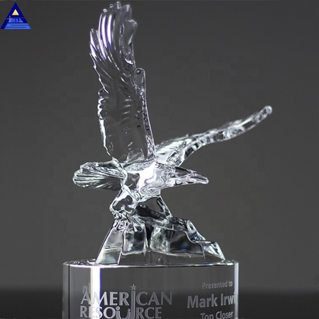 Personalized Name Engraving Logo American Crystal Flying Eagle Award Trophy Corporate Trophy Gifts Set