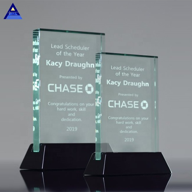 China Supplier Cheap Price Sable Awards Souvenir Glass Crystal Trophies For Sale