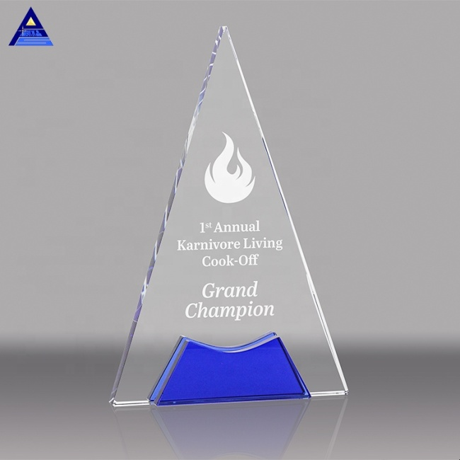 Best Selling Popular Award Medals China Crystal Triangle Award with Blue Accents
