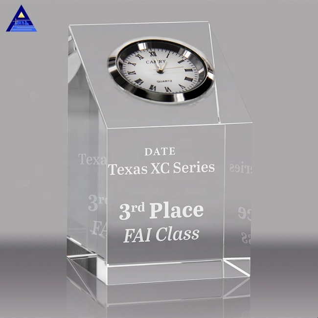 2020 New Design Fashion Creative Antique Design Clear Optic Crystal Clock For Wedding Souvenir Guest