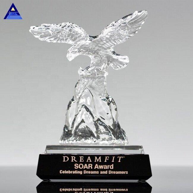 Custom High Grade Crystal Glass Challenge Crystal Eagle Trophy For Sports