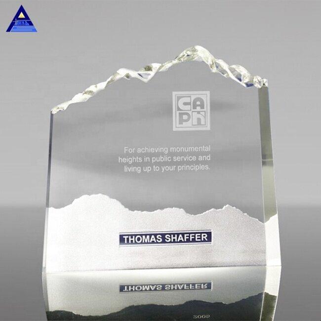 Factory Wholesale Optic Mountain K9 Crystal Award Trophy Manufacturer