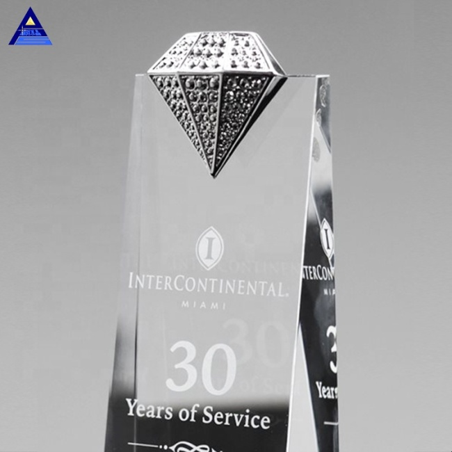 High Quality OEM Wedding Souvenirs Luxury Clear Cut Crystal Diamond For Decorative